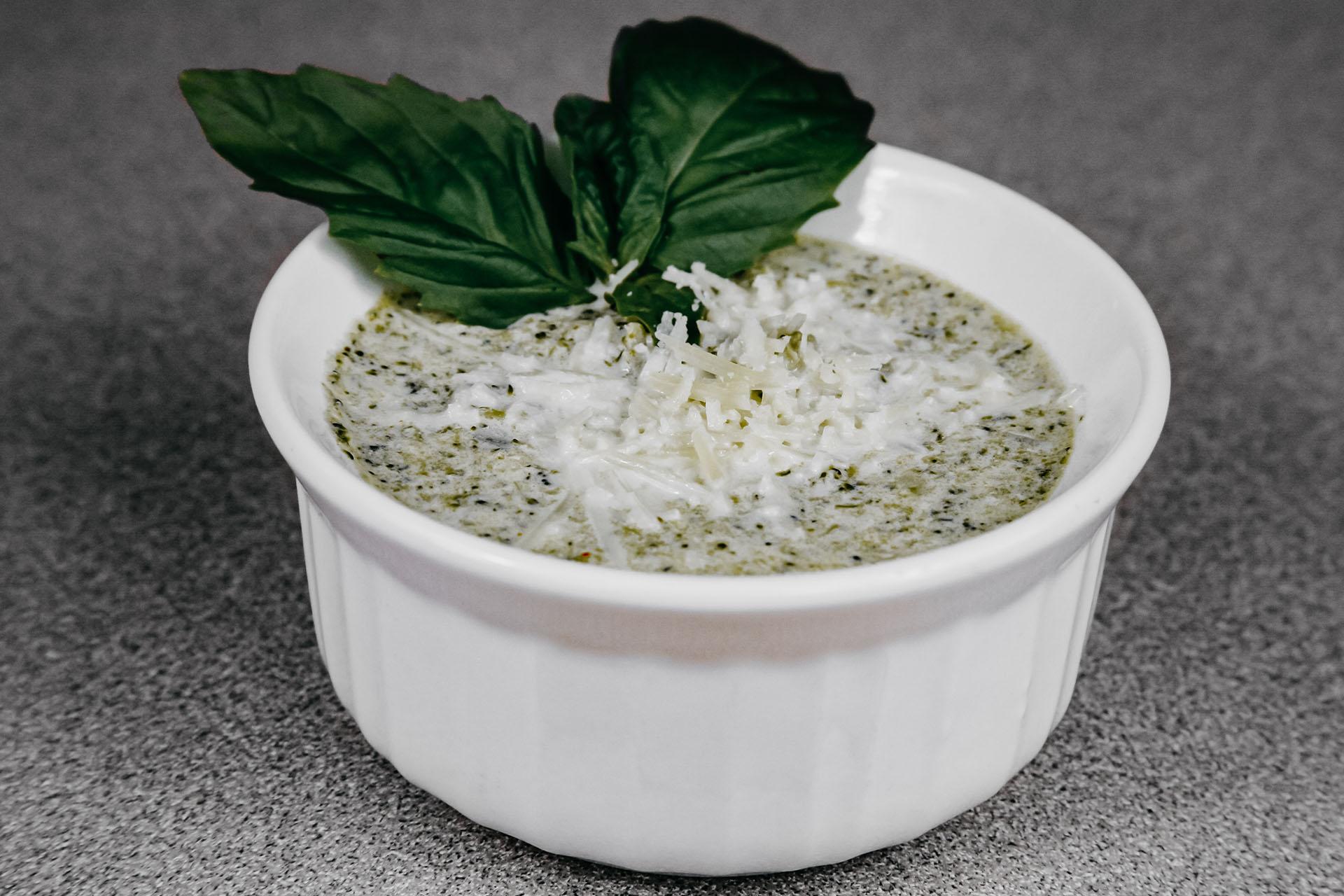 Bone Suckin' Creamy Broccoli Soup