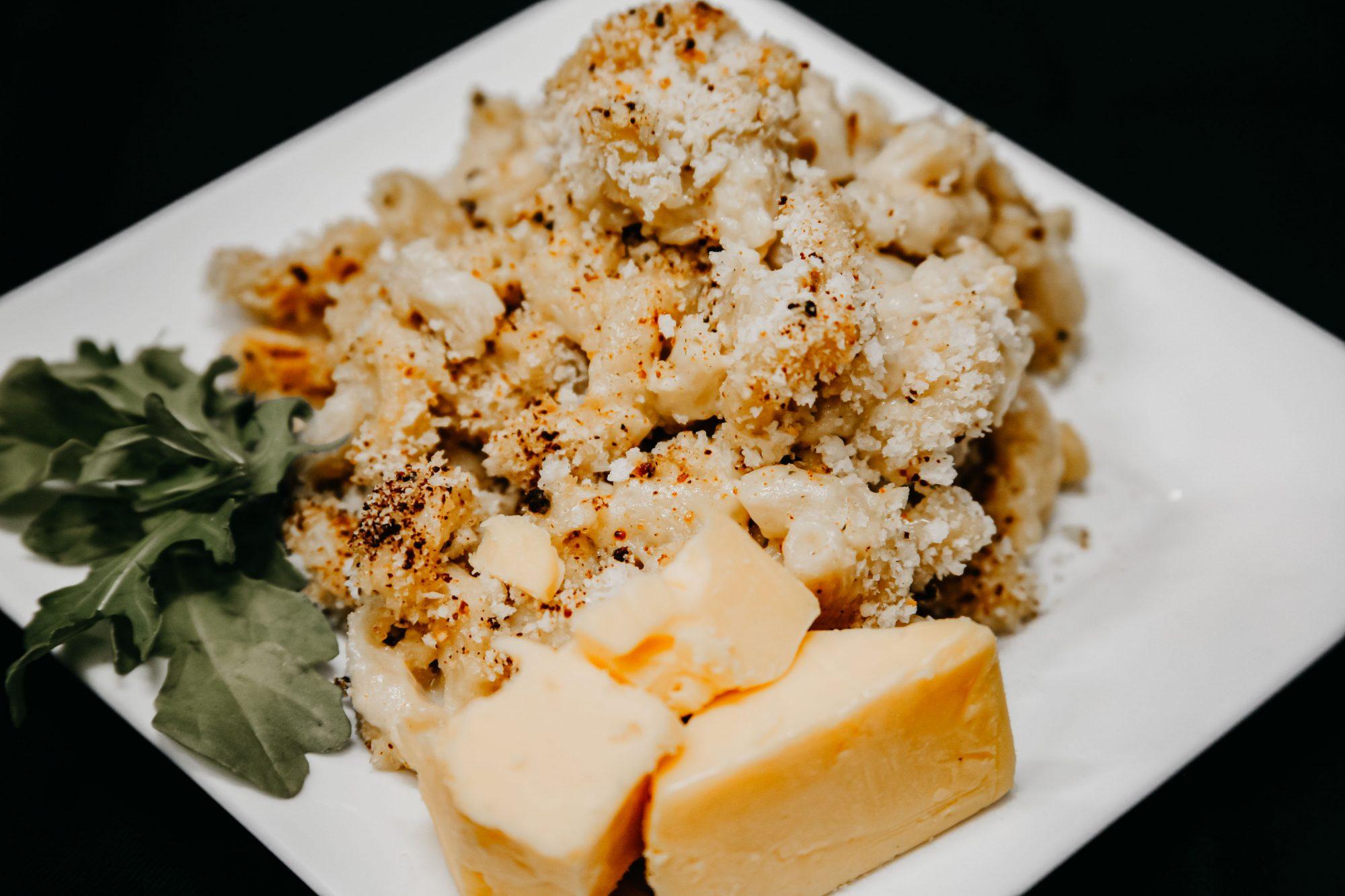 Bone Suckin' Mac and Cheese