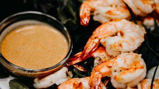 Bone Suckin' Shrimp with Seaside Sauce