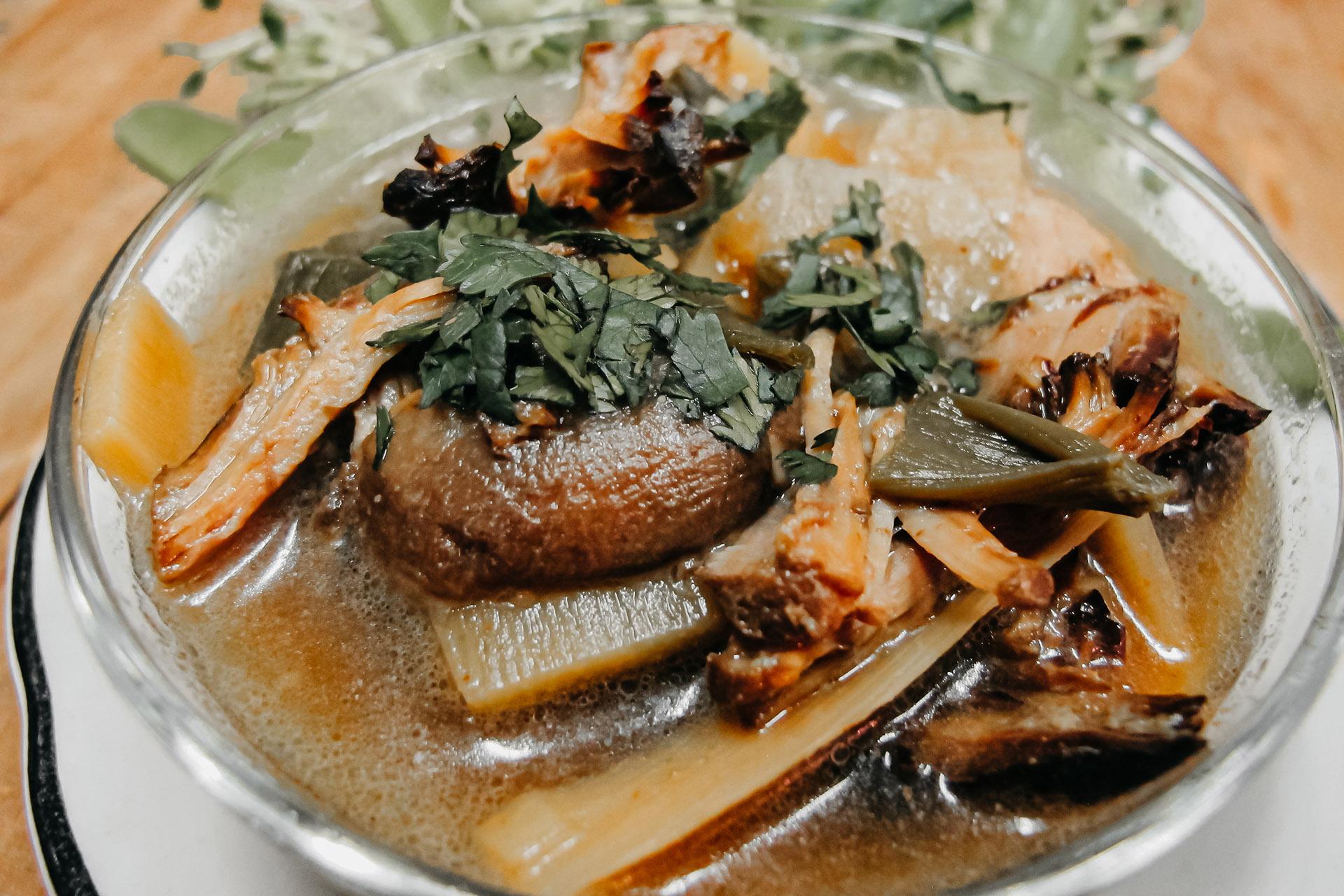 Bone Suckin' Asian Beef Soup