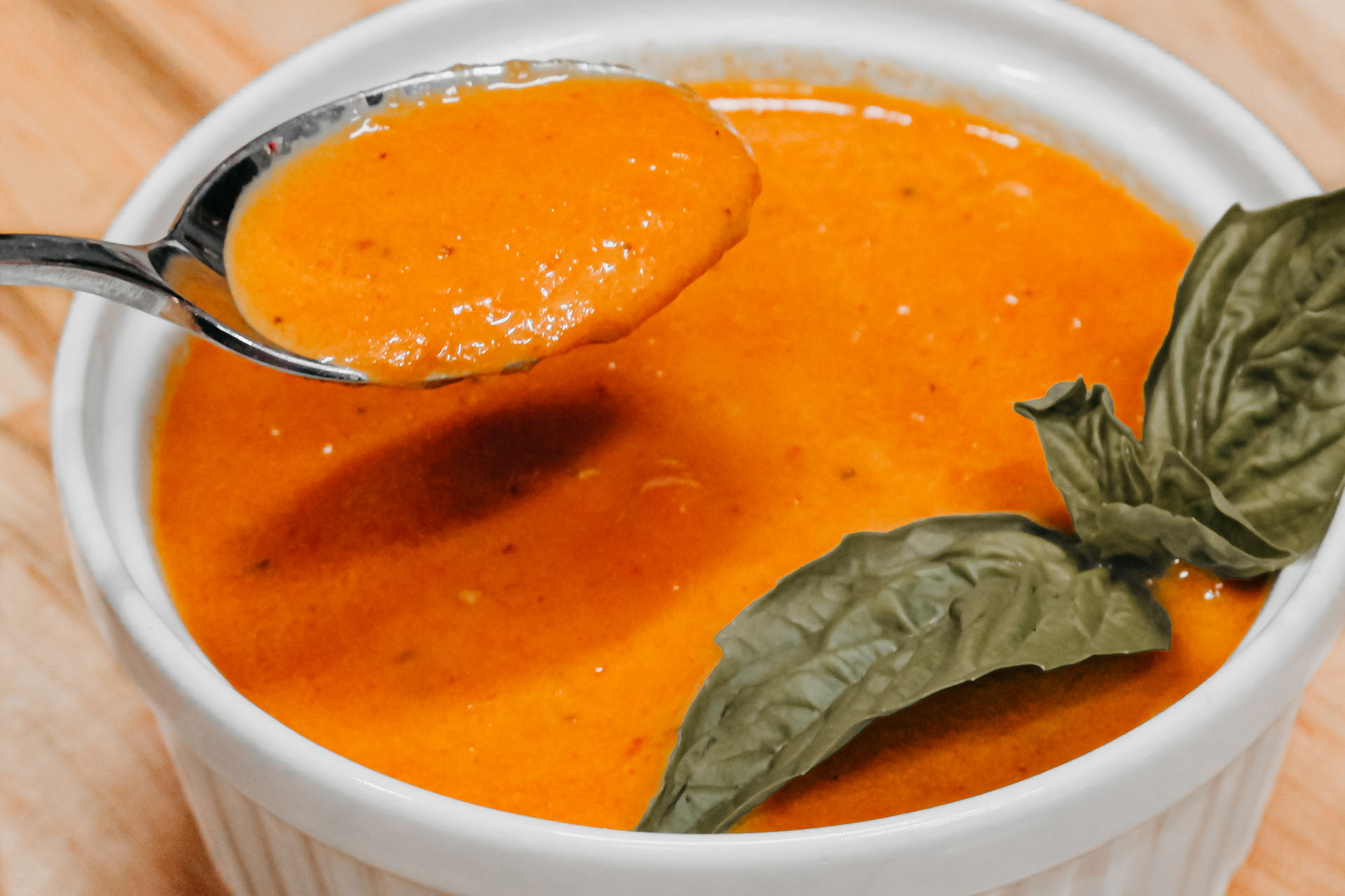Bone Suckin' Tomato Basil Soup